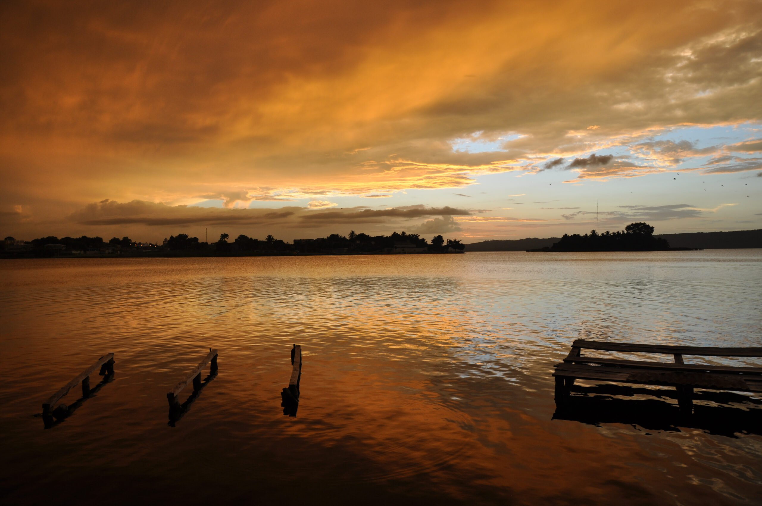 Mexico lake sunset